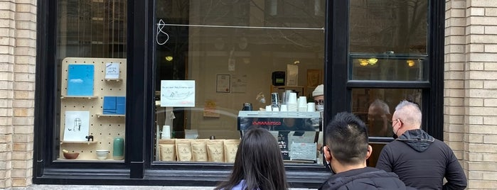 Iktsuarpok Coffee Stand is one of Vancouver with JetSetCD.