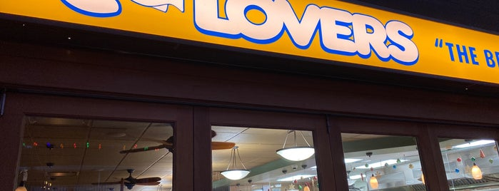 C-Lovers is one of North Shore.