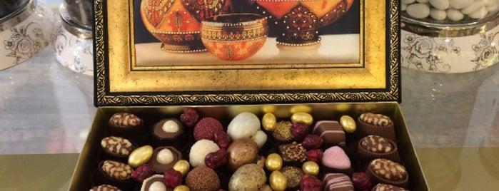 Happy Chocolate is one of Lugares favoritos de Evren.