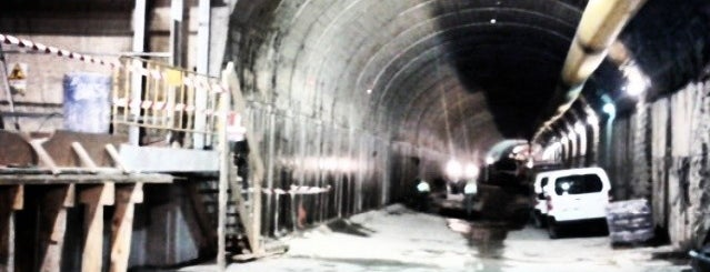 Metro Mirasierra is one of Lugares guardados de Kontxi.