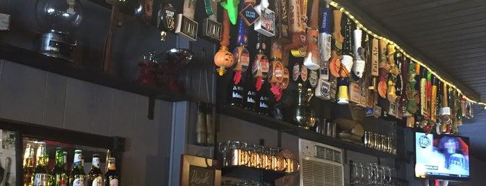 Bar One is one of Locais salvos de Dana.