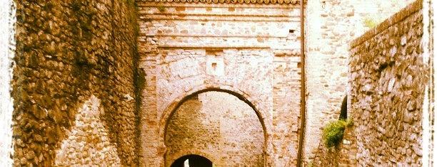 Castello di Torrechiara is one of Castelli Italiani.