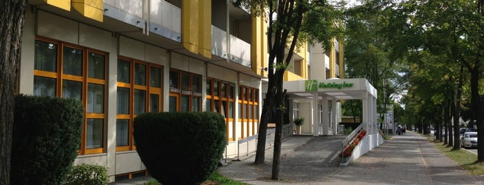 Holiday Inn is one of Lugares favoritos de Fernanda.