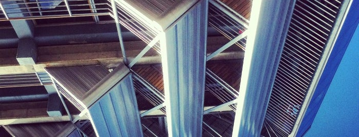 Escuela de Arquitectura is one of UCR.