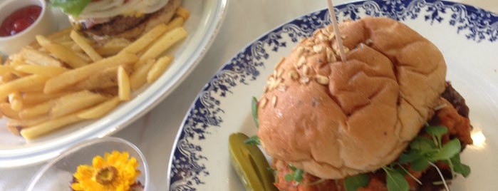 NINA's burger is one of 일산, 오늘의 식사.