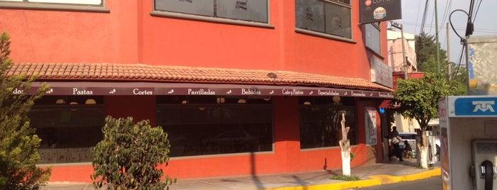 Restaurant Makarena Bar is one of Lieux qui ont plu à Karen.