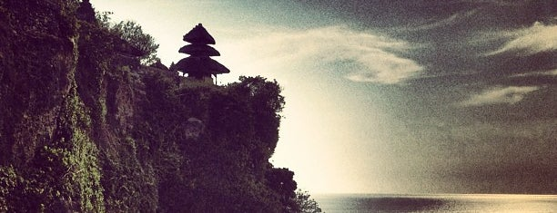 Pura Luhur Uluwatu is one of eat play and love.