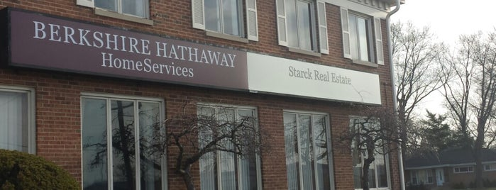 Berkshire Hathaway HomeServices Starck Real Estate is one of Lisaさんのお気に入りスポット.