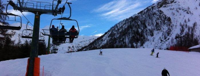 Foppolo is one of Dove sciare.