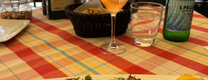 Francucci's is one of Wir lieben italienische Restaurants   Berlin.