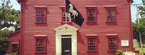White Horse Tavern is one of Newport.
