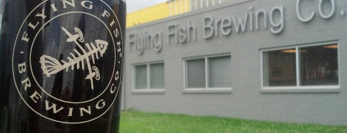 Flying Fish Brewing Company is one of Michael'in Beğendiği Mekanlar.