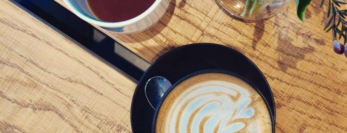 Origin Coffee is one of Lugares favoritos de Simon.