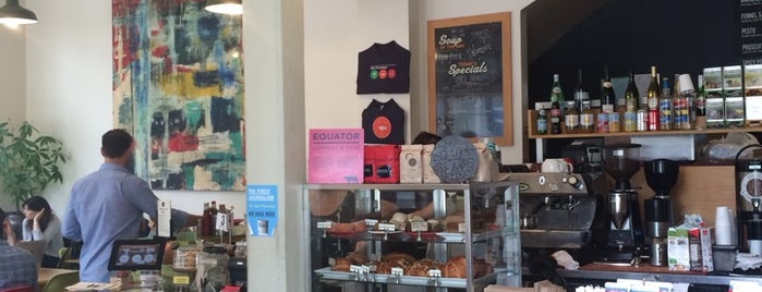 Duboce Park Cafe is one of San Francisco Caffeine Crawl.