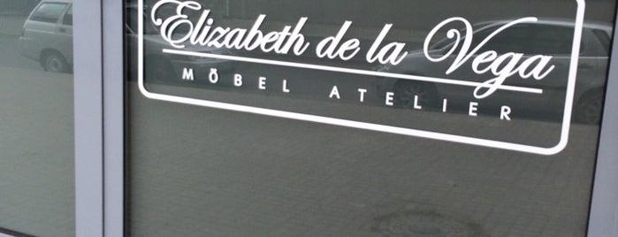 Elizabeth de la Vega is one of Tempat yang Disukai Ruslana.