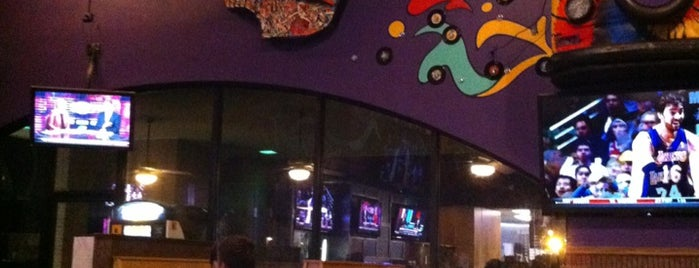 Mellow Mushroom is one of Lugares favoritos de Jay.