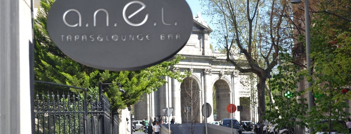 a.n.E.l. Tapas & Lounge Bar is one of Orte, die Pelin gefallen.