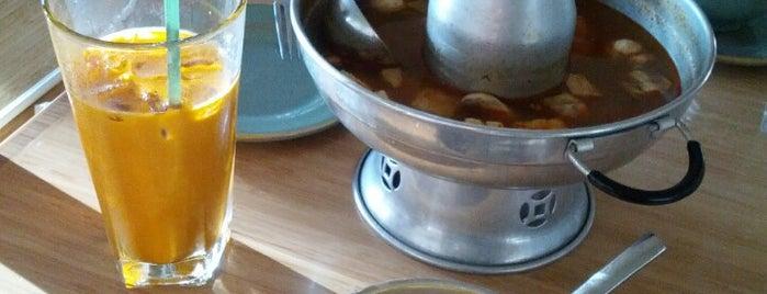 Taste of Thai Express is one of Lieux qui ont plu à Catarina.