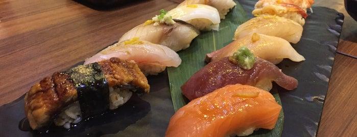 Sushi Hana is one of Tempat yang Disukai T'aime.