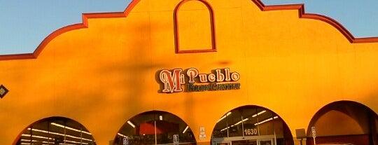 Mi Pueblo Food Center is one of Lieux qui ont plu à Chez.