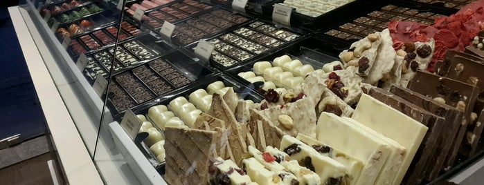 Karmello Chocolatier is one of Polish Winterland.