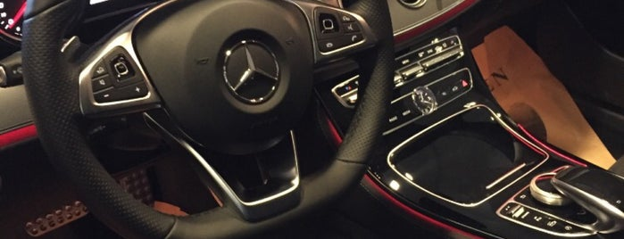 Mercedes-Benz Mengerler is one of Lieux sauvegardés par Orkun.