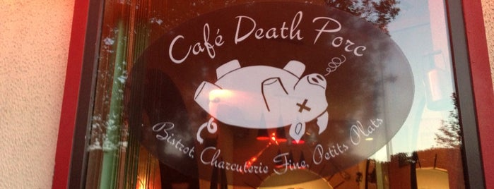 Café Death Porc is one of mikeさんのお気に入りスポット.