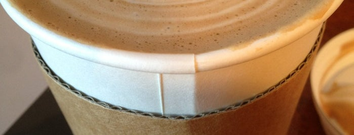 Karma Coffee Roasters is one of Lugares favoritos de Kavitha.