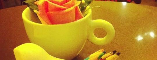 Olik Café is one of Posti che sono piaciuti a Edgar.