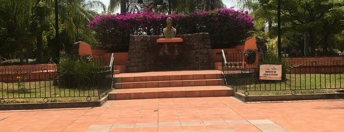 Plaza is one of Locais curtidos por Juan.