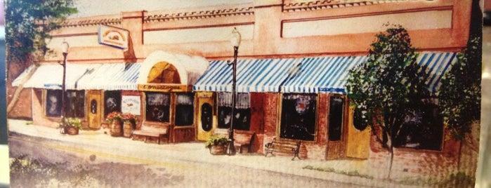 Conestogas Restaurant is one of Sarah'ın Beğendiği Mekanlar.