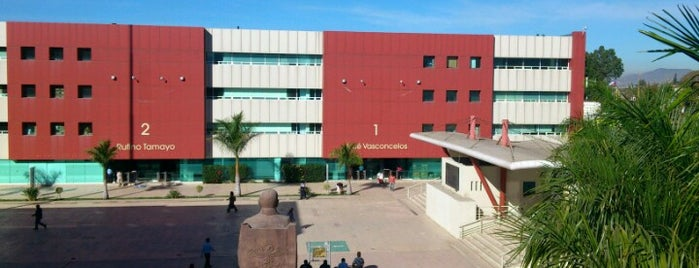 Ciudad Administrativa is one of Orte, die Zazil gefallen.
