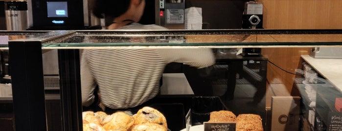 Dote Coffee Bar is one of Lugares favoritos de Chip.