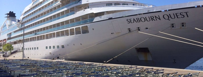 Seabourn Sojourn is one of Posti salvati di James.
