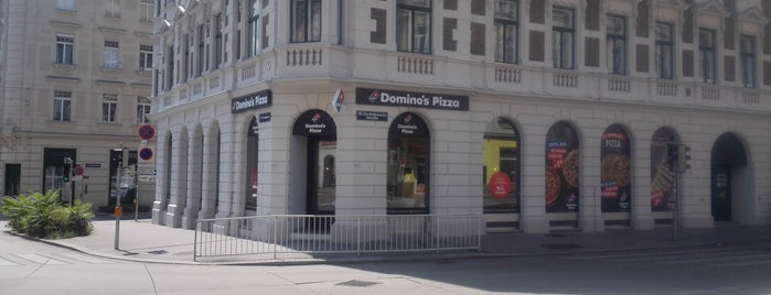 Domino's Pizza is one of Interessante Imbisse.