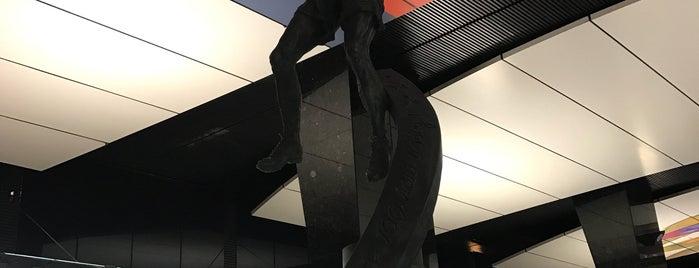metro CSKA is one of Vlad'ın Beğendiği Mekanlar.