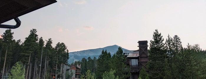 Grand Colorado on Peak Eight is one of สถานที่ที่ Fabian ถูกใจ.
