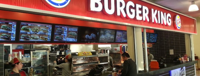 Burger King is one of Tempat yang Disukai Kökten.