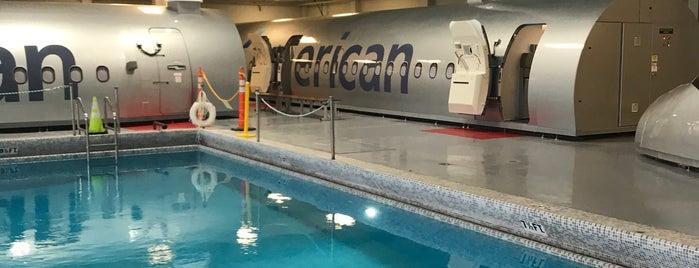American Airlines Flight Academy / IOC is one of Wayne 님이 좋아한 장소.