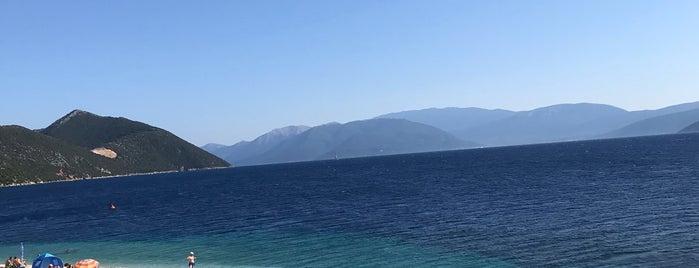 Agios Ioannis Beach is one of สถานที่ที่ Special ถูกใจ.