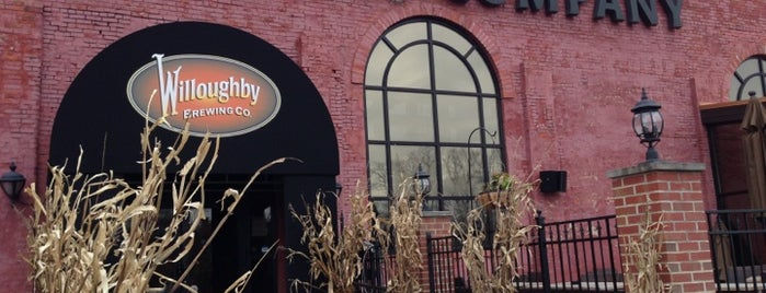 Willoughby Brewing Company is one of Posti che sono piaciuti a Sharon.