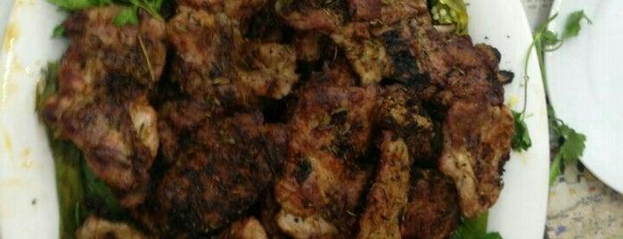 Meşhur Yılmaz Burmalı Kadayıf is one of Ankara yemek.