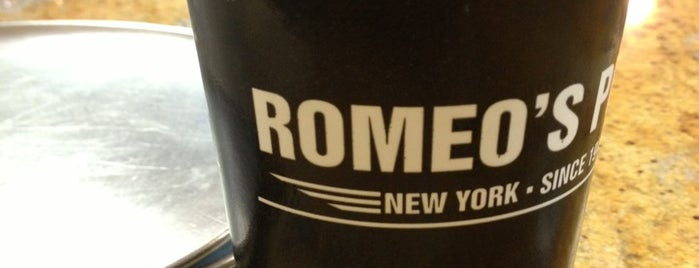 Romeo's New York Pizza is one of Posti che sono piaciuti a Kyle.