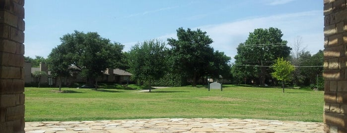 Pagewood Park is one of Dallas Parks.