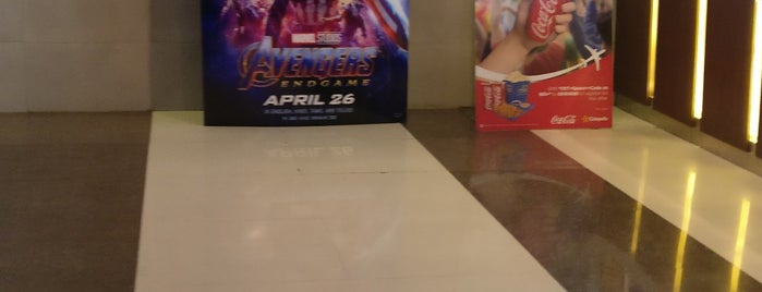 Cinepolis IMAX is one of Orte, die Kapil gefallen.