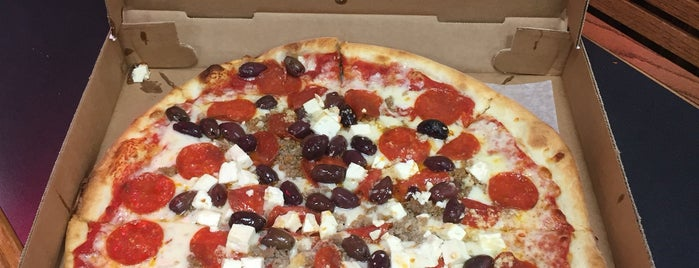 Planet Pizza - Stamford is one of Lugares favoritos de KWOTE.