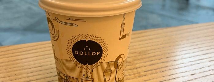 Dollop Coffee & Tea is one of Lugares favoritos de Chris.
