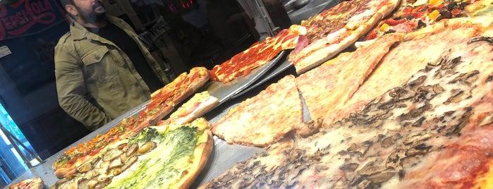 Oz Pizza is one of Lugares favoritos de David.