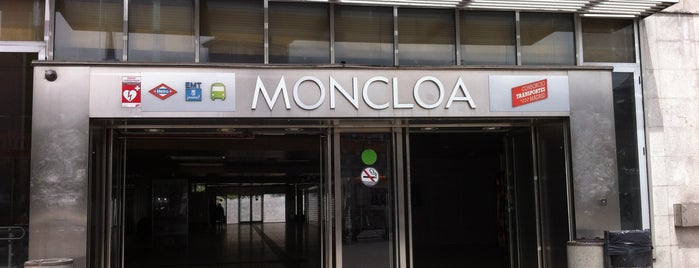 Intercambiador de Moncloa is one of Transporte.