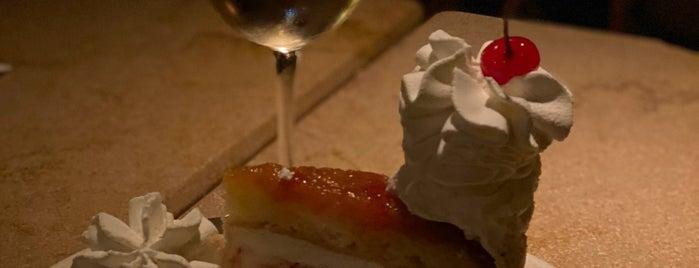 The Cheesecake Factory is one of Orte, die Andre gefallen.